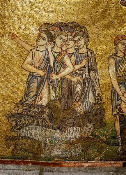 5.Братья видят Иосифа и замышляют убить его (Быт. 37. 18-20).