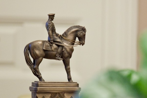 В Москве и Волгограде открываются памятники маршалу Рокоссовскому