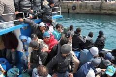 В Италии мигранты-исламисты бросили в море 12 христиан
