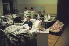 Путин призвал не сокращать «механически» школы и больницы