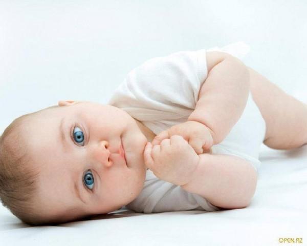 4-х месячный малыш признается папе в любви