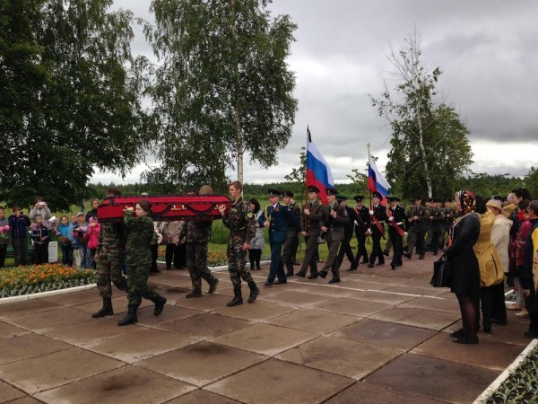 Поисковик Евгений Ильин: Нельзя допустить строительства на костях хотя бы одного защитника Ленинграда