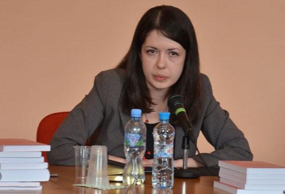 """Елена Жосул:  Православные Церкви должны ответить на вызовы, связанные с """"информационной перегрузкой"""""""