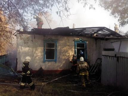 Житель Орловской области спас двух женщин из горящего дома