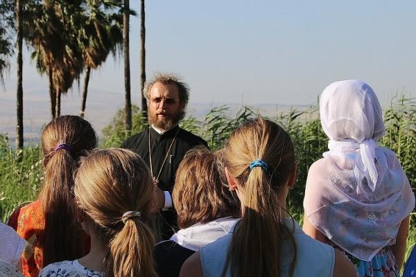 Школьники из России высадили Сад Памяти Великой Победы в Израиле