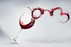 Роспотребнадзор выступил против снятия ограничений рекламы для любых видов алкогольной продукции
