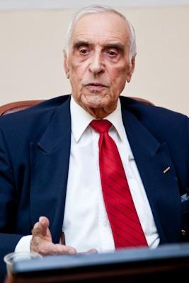 Георгий Мирский