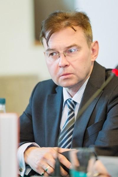 Профессор Сергей Фирсов