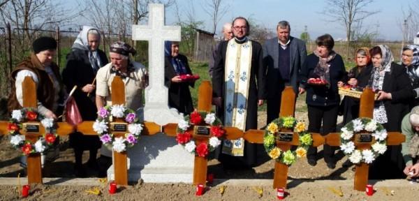 Священник из Румынии за свой счет похоронил покойников, брошенных в морге