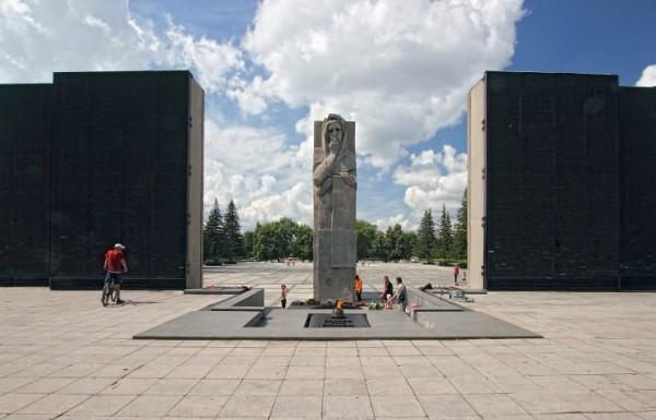 Новосибирск, Челябинск и Магнитогорск признаны городами воинской и трудовой славы