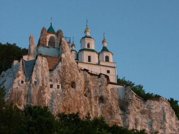 Волынская епархия собрала для нуждающихся идетских домов более 2,5миллионов гривен
