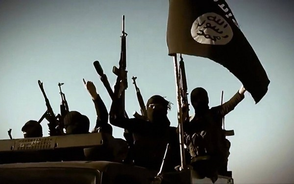 Боевики ИГИЛ казнили более 2150 человек с момента создания халифата