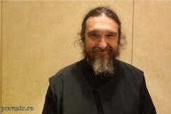 Протоиерей Григорий Стамкопулос: В интернете мало места чувствам