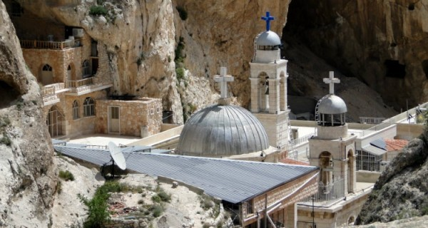 Колокола, украденные боевиками из сирийского монастыря, вернулись обратно