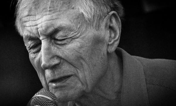 Поэт Евгений Евтушенко впервые будет читать свои стихи в храме