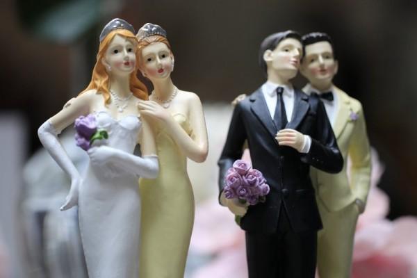 84% россиян против легализации однополых браков