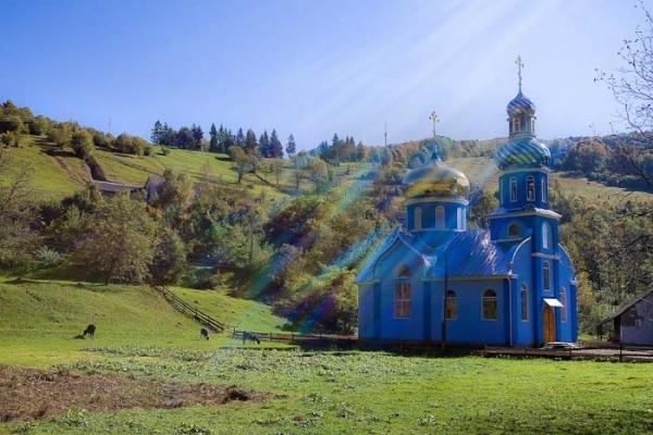 В Закарпатских епархиях УПЦ опровергли информацию о переходе 12 приходов и 11 священников в УАПЦ