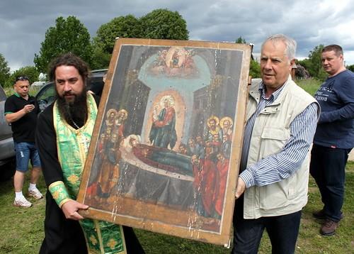 Икона, спасенная из огня, через 80 лет вернулась в свой храм