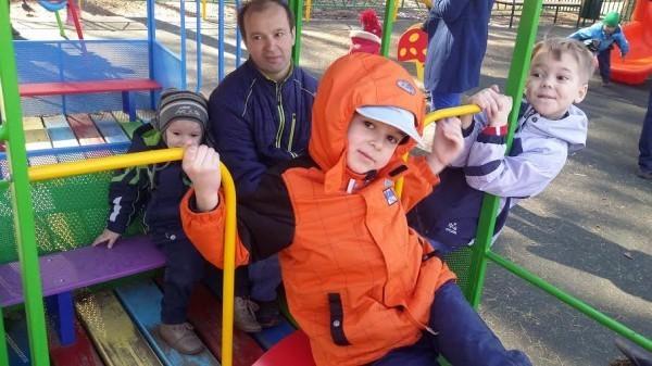 Семья Баграмовых: Трое сыновей и солнечная Катя