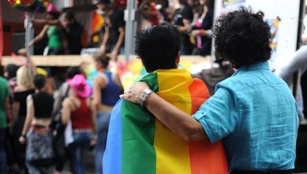 США намерены добиваться легализации однополых браков в других странах