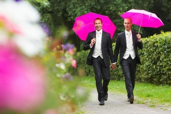 Более 50% населения Австралии требует узаконить однополые браки