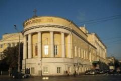 Абитуриенты Москвы могут получить благословение в храмах при вузах