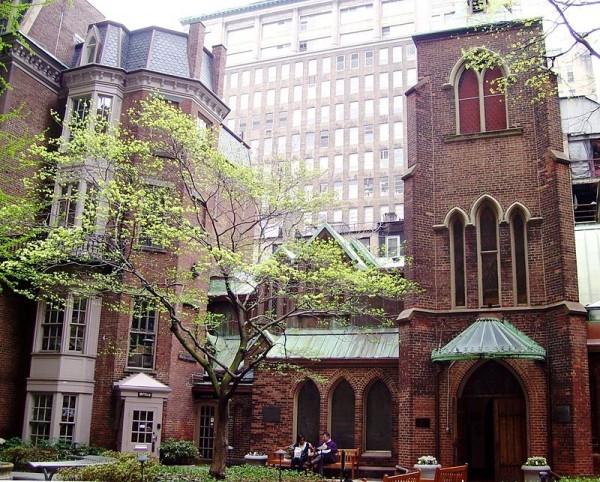Церковь, в которой отпевали писателя