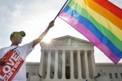 Верховный суд США легализовал однополые браки по всей стране