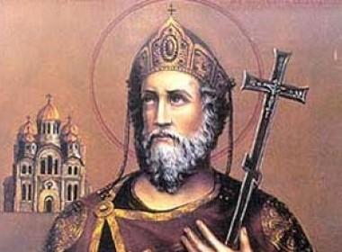 Около 100 тысяч верующих уже поклонились мощам князя Владимира