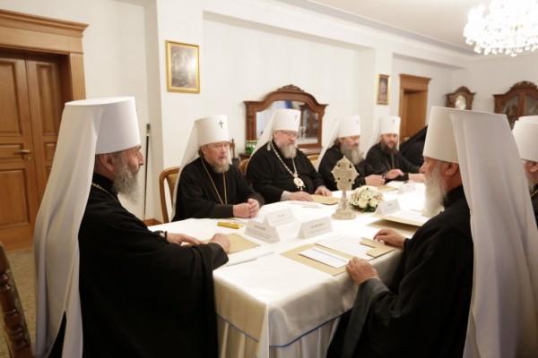 Синод Украинской Церкви обратился к народу Украины
