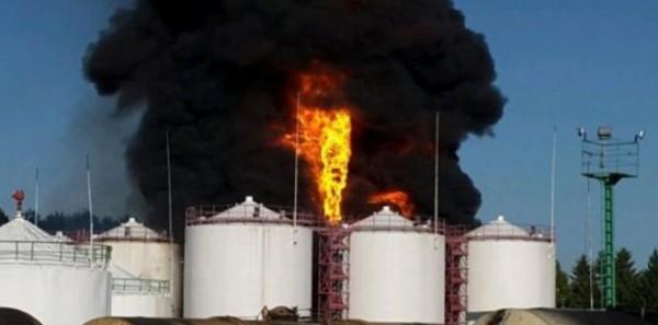 Духовенство города Василькова молится о прекращении огня на нефтебазе