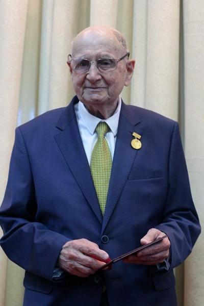 Виктор Соломонович Крылов