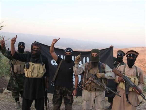 Боевики ИГИЛ сожгли уникальное старинное Евангелие в Ираке