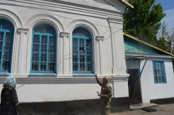 Церковь Святого Николая в Луганской области попала под обстрел