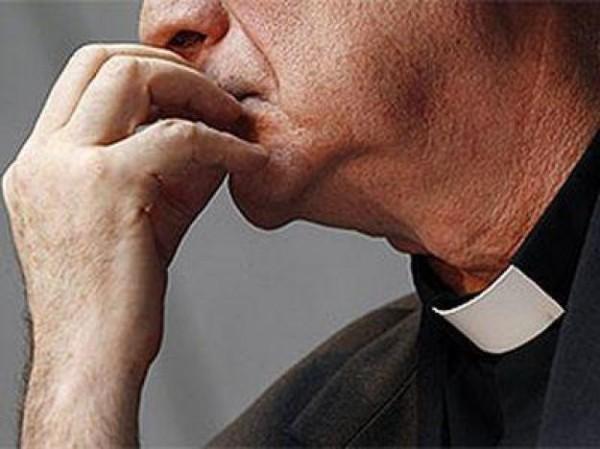 В Ирландии рассматривается возможность позволить женатым и женщинам быть священниками