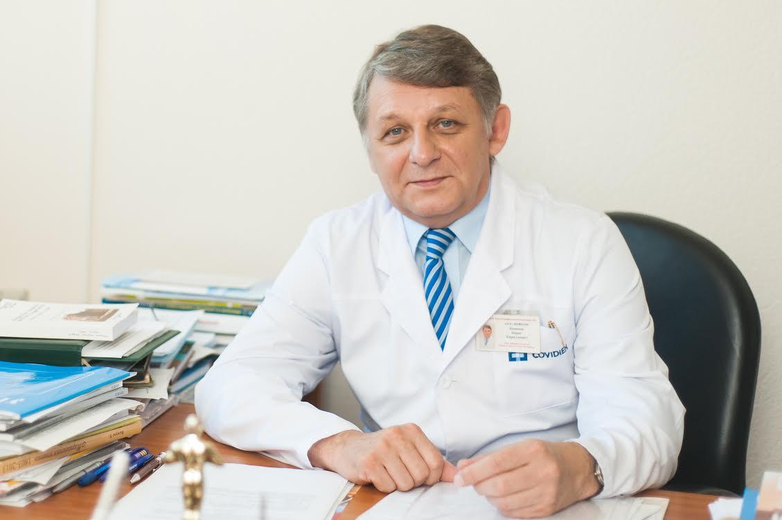Главный уролог Петербурга Борис Комяков: Хирург во время операции не должен жалеть пациента