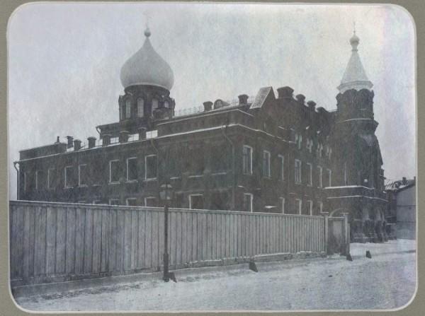 Северный фасад Епархиального дома