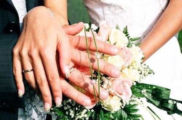 Росстат: Количество разводов и свадеб в России сокращается