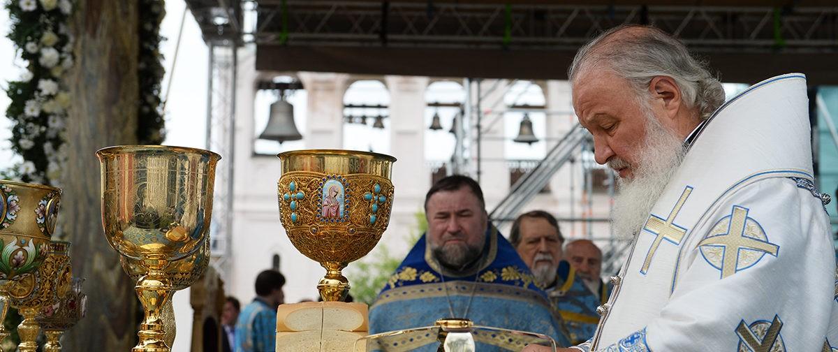 Патриарх Кирилл: Что может оторвать от веры наш народ после всех испытаний?