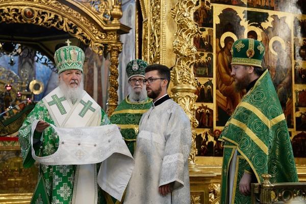 Патриарх Кирилл: Идти Сергиевым путем значит подлинно преображать окружающий нас мир