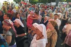 Cвященник извинился за поведение духовенства и верующих на юбилее «Серебряного дождя»