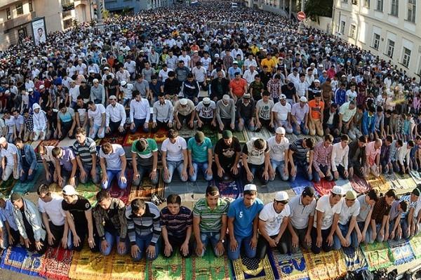 В какое время у мусульман молитвы