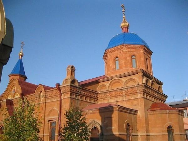 Покровский храм в Ереване. Фото bakunina-fond.ru