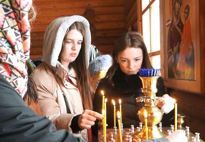 Постные лица, испуганные глаза, виноватые взгляды – это православные?