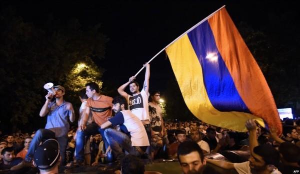 Протесты в Ереване. Фото azattyk.org