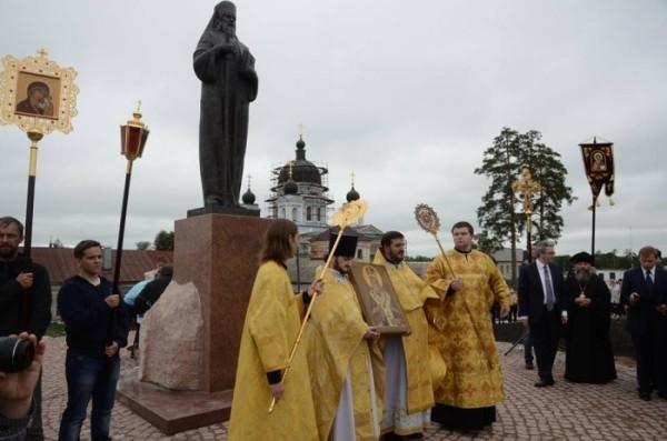Памятник святителю Феофану Затворнику появился в Рязанской области