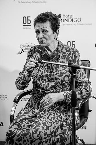 Екатерина Гениева на «Открытой библиотеке». Санкт-Петербург, июнь 2015-го Фото: Андрей Мишуров / «Открытая библиотека»