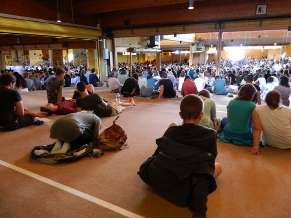 Молитва в храме Примирения