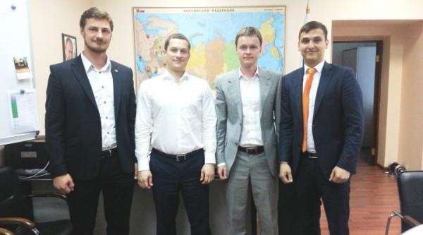 Православная молодежь и Росмолодежь будут вместе помогать школьникам Донбасса