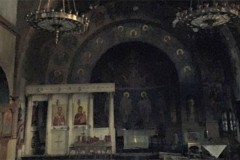 При пожаре в греческой православной церкви святого Николая в Нью-Йорке чудом уцелели мощи святого и икона